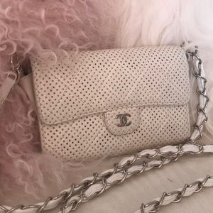 CHANEL AIR IVORY